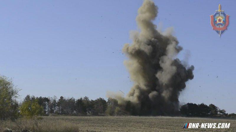 Саперы ЛНР ликвидировали в Антрацитовском районе заминированный тайник с боеприпасами