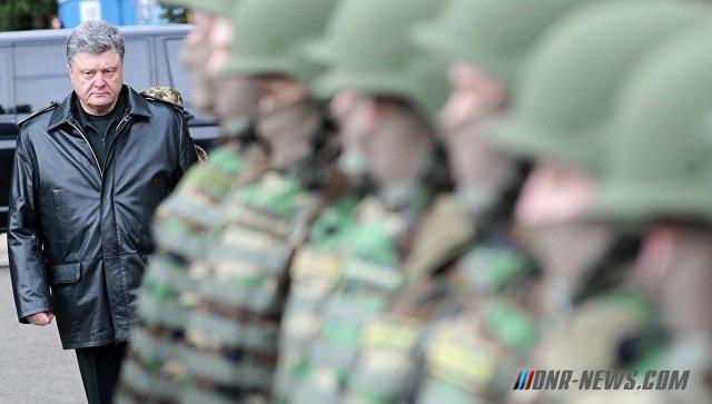 """Порошенко в зоне """"АТО"""" проводит совещание с командирами ВСУ"""