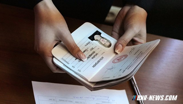 Краснощека: Почти 30 тысяч человек получили паспорта ДНР, желающих очень много