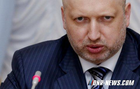 """Турчинов: На праздники ВСУ будут сдерживать """"нечистую силу"""" в зоне """"АТО"""""""