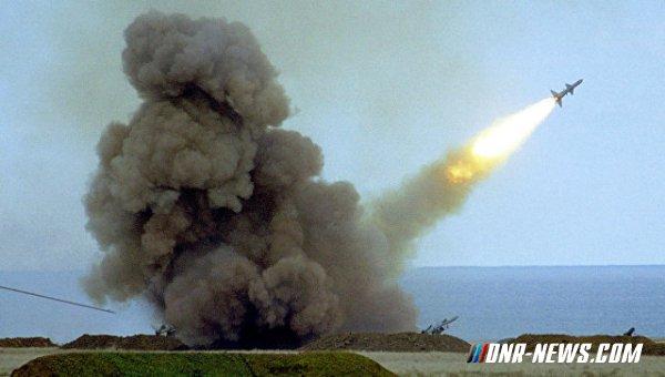 На юге Украины стартовали учения с ракетными стрельбами