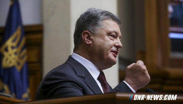 Порошенко заявил об успешных пусках ракет в районе Черного моря