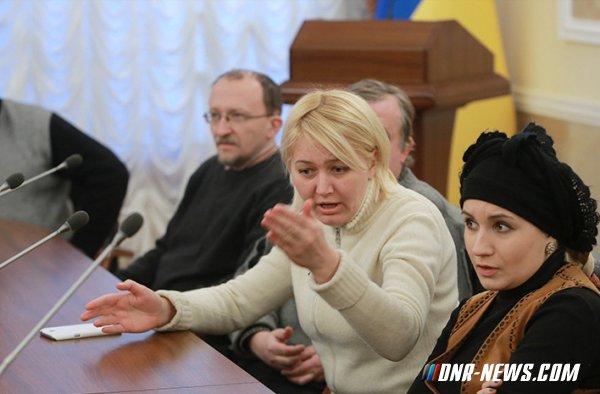 Украинская писательница устроила в магазине скандал из-за русской речи