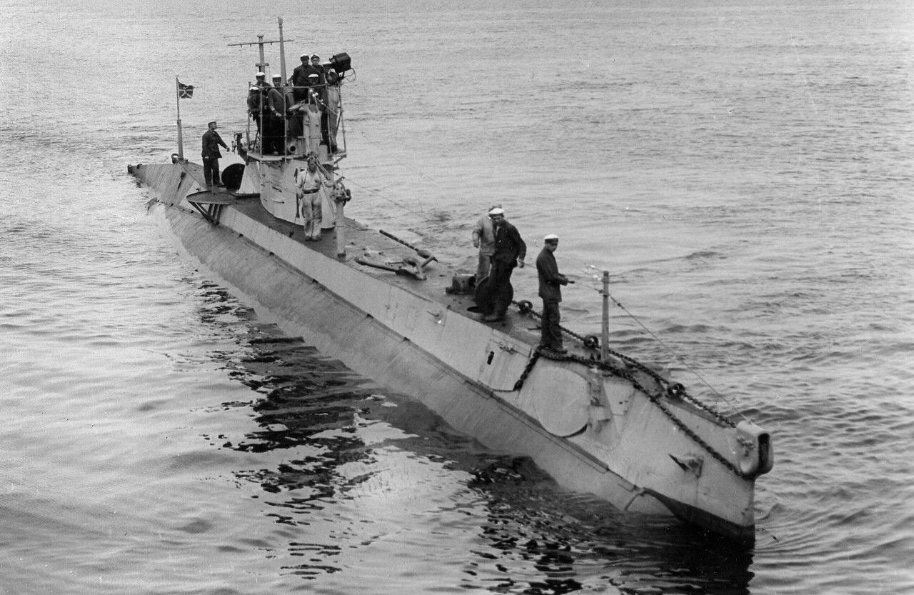 17. Подводная лодка АГ