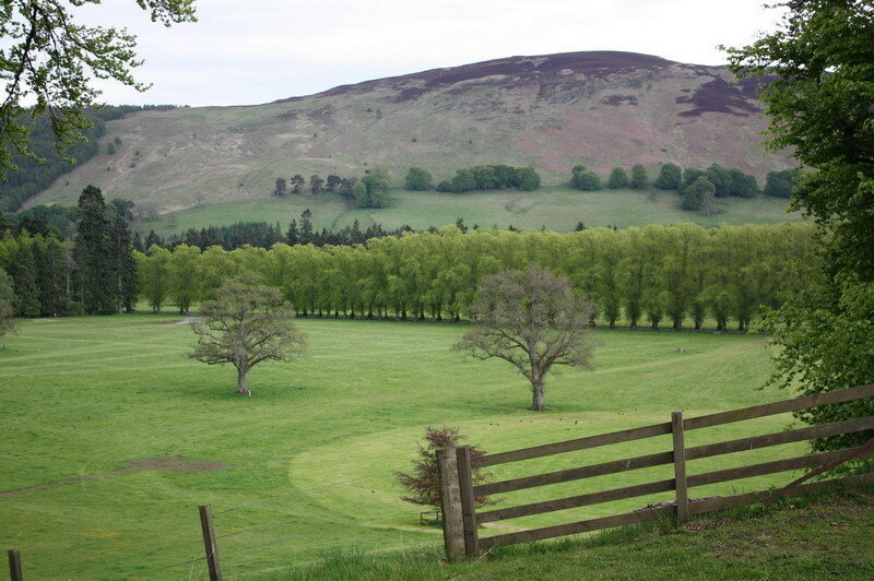 Замки Хайленда: Скоун и Блэр