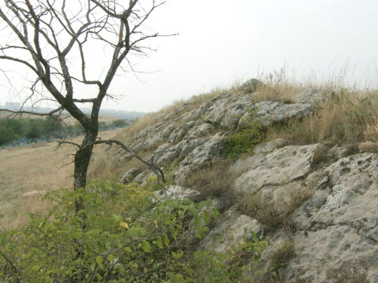 Южная стена. Вид с востока на запад