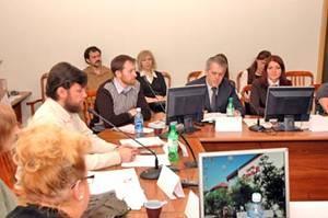 Круглый стол на тему: «Обеспечение защиты и гарантий прав детей и родителей в Тюменской области»,