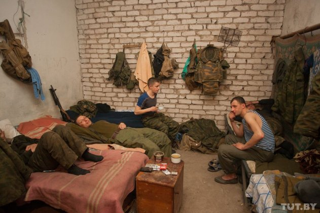 Путешествие на войну. Тельманово. В нескольких километрах от линии фронта. Часть 1
