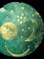Небесный диск из Небры, показывающий наличие 3-х лун у Мидгард-Земли