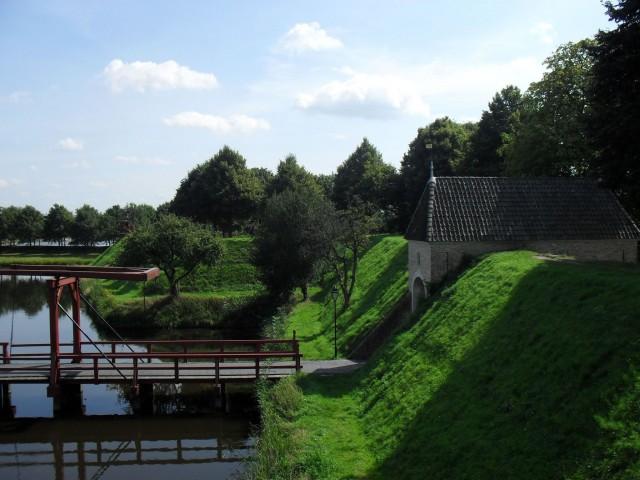 Форт Буртанж (древоземляное укрепление XVIII в., Нидерланды). Источник: http://www.panoramio.com/photo/26200646