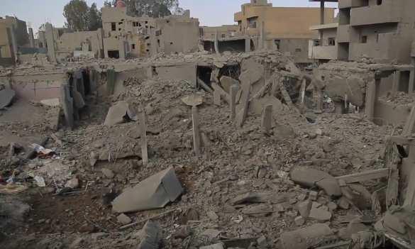 ВВС США превратили в руины квартал в сирийском городе (ФОТО 18+) | Русская весна