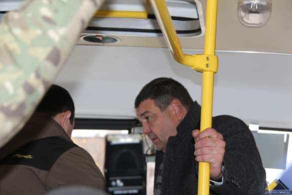 Впервые со времен СССР в Горловку прибыли новые комфортабельные автобусы (ФОТО, ВИДЕО) | Русская весна
