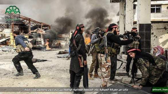 Кадры жестоких боев: Банды атакуют Дамаск и несут большие потери (ФОТО, ВИДЕО 18+) | Русская весна