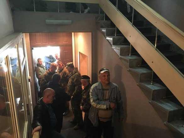 СРОЧНО: Генпрокуратуру Украины захватили люди вкамуфляже (ФОТО+ВИДЕО)   Русская весна