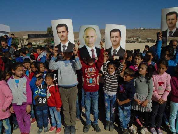 Юг Сирии: русских солдат-освободителей встречают портретами Путина и улыбками (ФОТО) | Русская весна