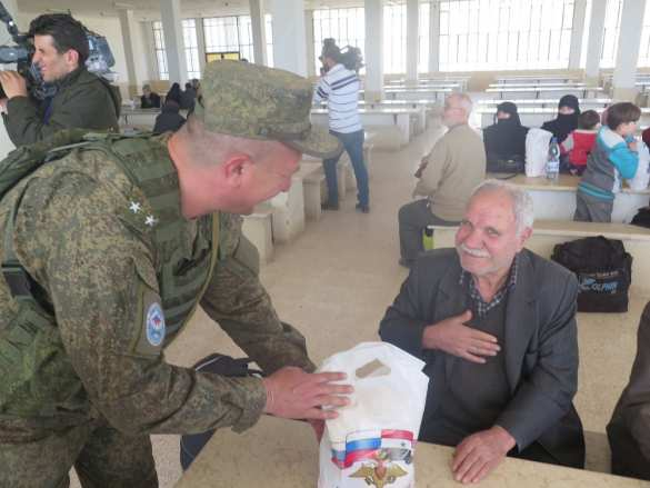 Сирия: Российские военные спасают жителей Восточной Гуты (ФОТО)  | Русская весна