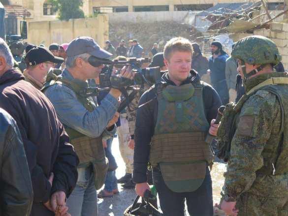 На острие: Российские военные прибыли в освобождённый от «Аль-Каиды» район, куда боится ехать ООН (ФОТО) | Русская весна