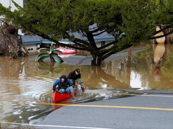 ВКалифорнии город ушел подводу, идет эвакуация (ФОТО, ВИДЕО)   Русская весна