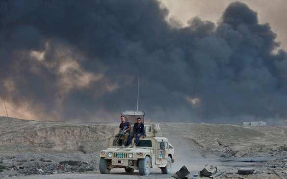 Бегство ИГИЛ: горит химзавод у Мосула (ФОТО) | Русская весна