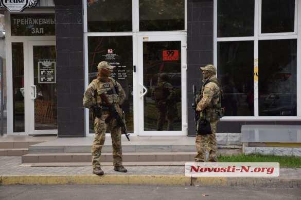 ВНиколаеве проходят массовые обыски у депутатов и бизнесменов (ФОТО)   Русская весна
