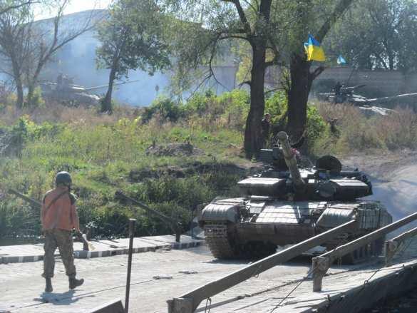 Украина начала отвод техники от линии соприкосновения сторон на Донбассе (ФОТО) | Русская весна