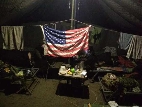 «Бичхата сфлагом США»: вСети показали, каквыглядит схрон «героев АТО» (ФОТО)   Русская весна