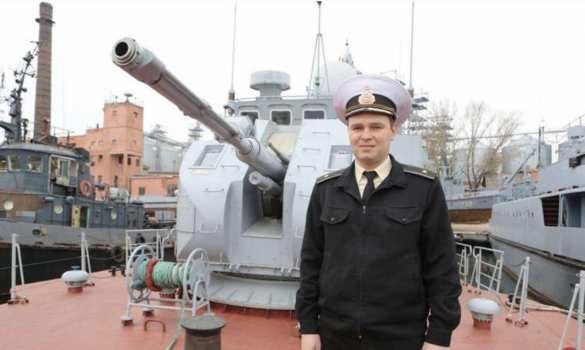 Провокацией в Керченском проливе руководил капитан ВМСУ, едва не утопивший катер прямо на параде (ФОТО, ВИДЕО) | Русская весна