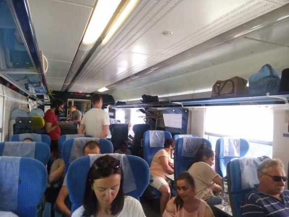 Новый конфуз споездом «Укрзалізниці» шокировал пассажиров (ФОТО) | Русская весна