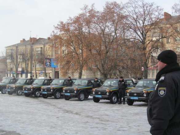 Украинские «копы» пересели на «Нивы» (ФОТО) | Русская весна