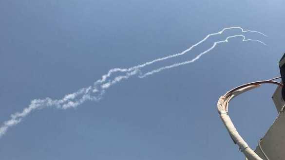 СРОЧНО: Израиль сбил самолёт Армии Сирии (ФОТО, ВИДЕО) | Русская весна