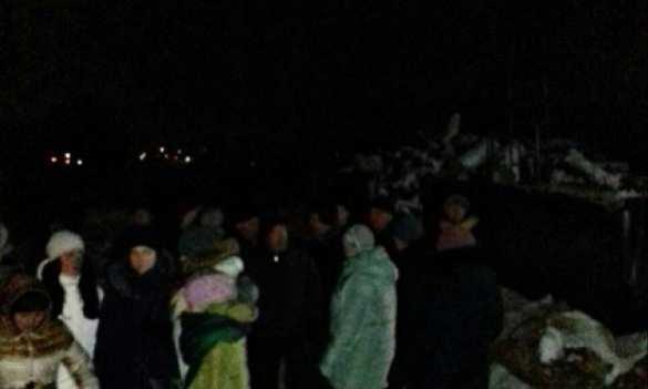 В Ровно 200 человек пикетируют котельную из-за стужи в квартирах (ФОТО) | Русская весна