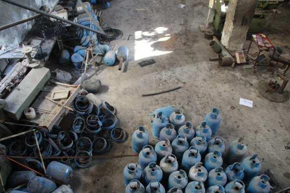 «Подарки шайтана»: Российские саперы в Алеппо обнаружили 6 больших складов террористов — репортаж «Русской Весны» (+ВИДЕО, ФОТО) | Русская весна