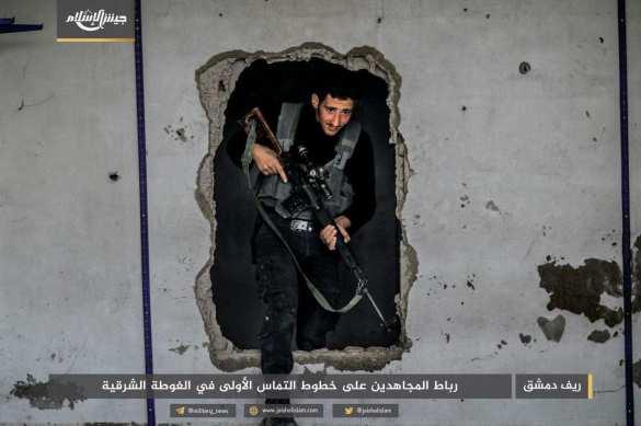 Война в руинах под Дамаском: Банды обмениваются «нотами протеста» и истребляют друг друга (ФОТО) | Русская весна