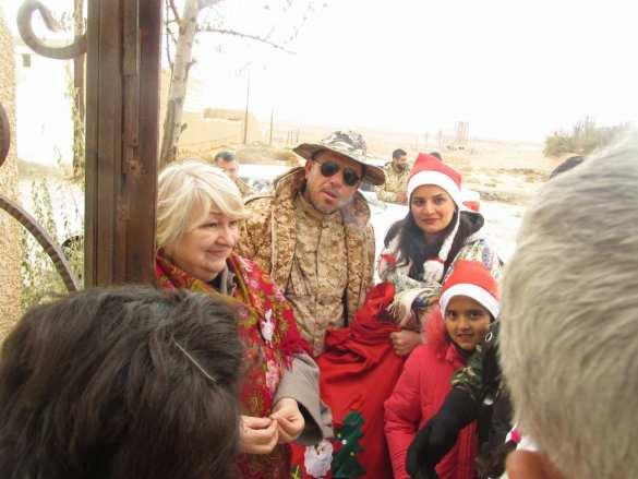 Русские в библейском городе в 20 км от боев с ИГИЛ: Сирийцы плачут, слыша поздравления от России (ФОТО, ВИДЕО)   Русская весна