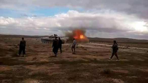 ВАЖНО: «Тигры» и ВКС РФ выжигают позиции ИГИЛ вдоль «дороги жизни» в Алеппо (ФОТО+ВИДЕО) | Русская весна