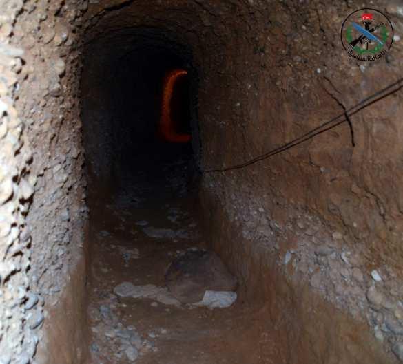 Армия Сирии взорвала большой туннель и штаб боевиков под Дамаском (ФОТО, ВИДЕО) | Русская весна