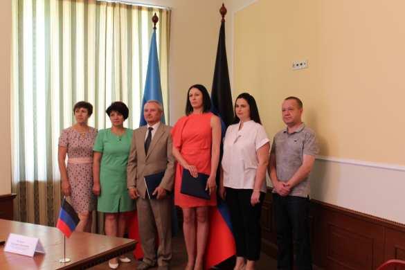 ВАЖНО: ДНР и ЛНР подписали соглашение о сотрудничестве (ФОТО) | Русская весна