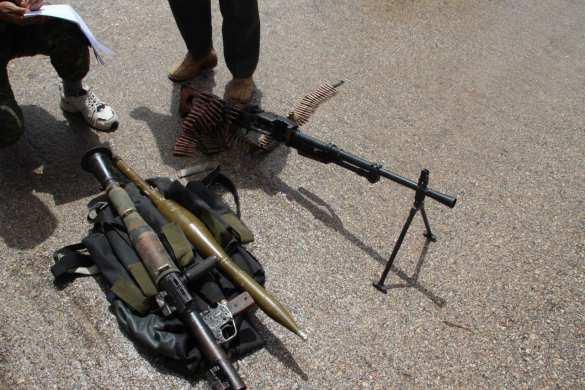 Большая победа: Армия России водрузила флаг над оплотом боевиков в Хомсе, банды сдают оружие и технику (ФОТО, ВИДЕО)   Русская весна
