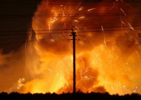 Огненный ад на Украине: Подборка самых мощных взрывов наскладах ВСУ под Винницей (ФОТО, ВИДЕО) | Русская весна