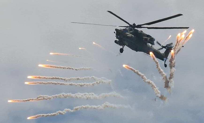 Ударные вертолеты ВКС РФ уничтожают позиции ИГИЛ на пути от Пальмиры к Дейр эз-Зору (ВИДЕО) | Русская весна