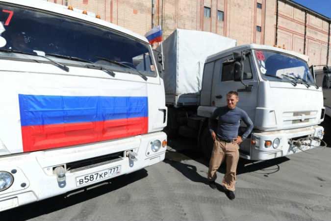 Все автомобили гуманитарной колонны МЧС для Донбасса прибыли в Ростовскую область | Русская весна