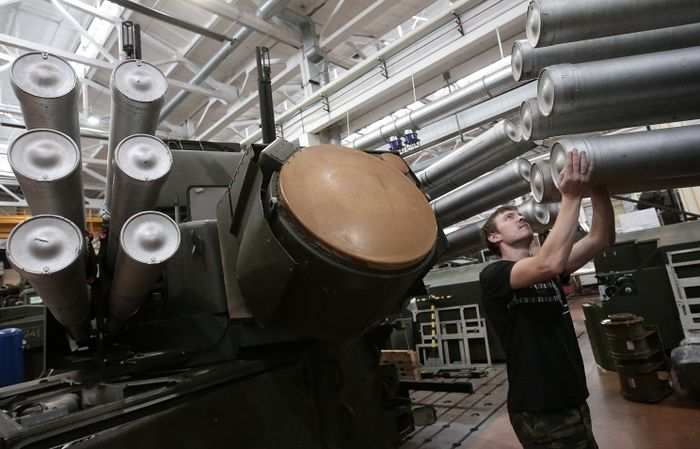 «Сделай сам!» — российская оборонная промышленность откажется от украинских комплектующих за 1,5 года | Русская весна