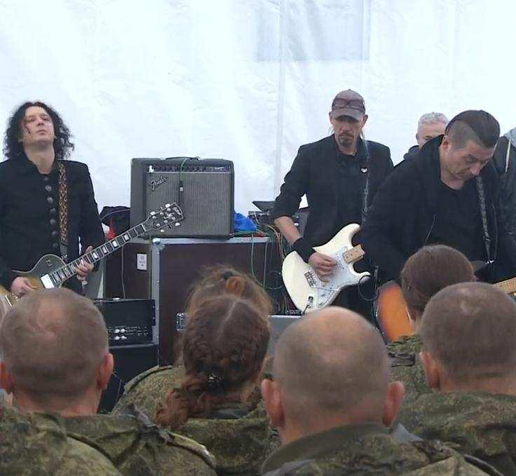 «Агата Кристи» выступила для российских военнослужащих в Сирии (ВИДЕО) | Русская весна