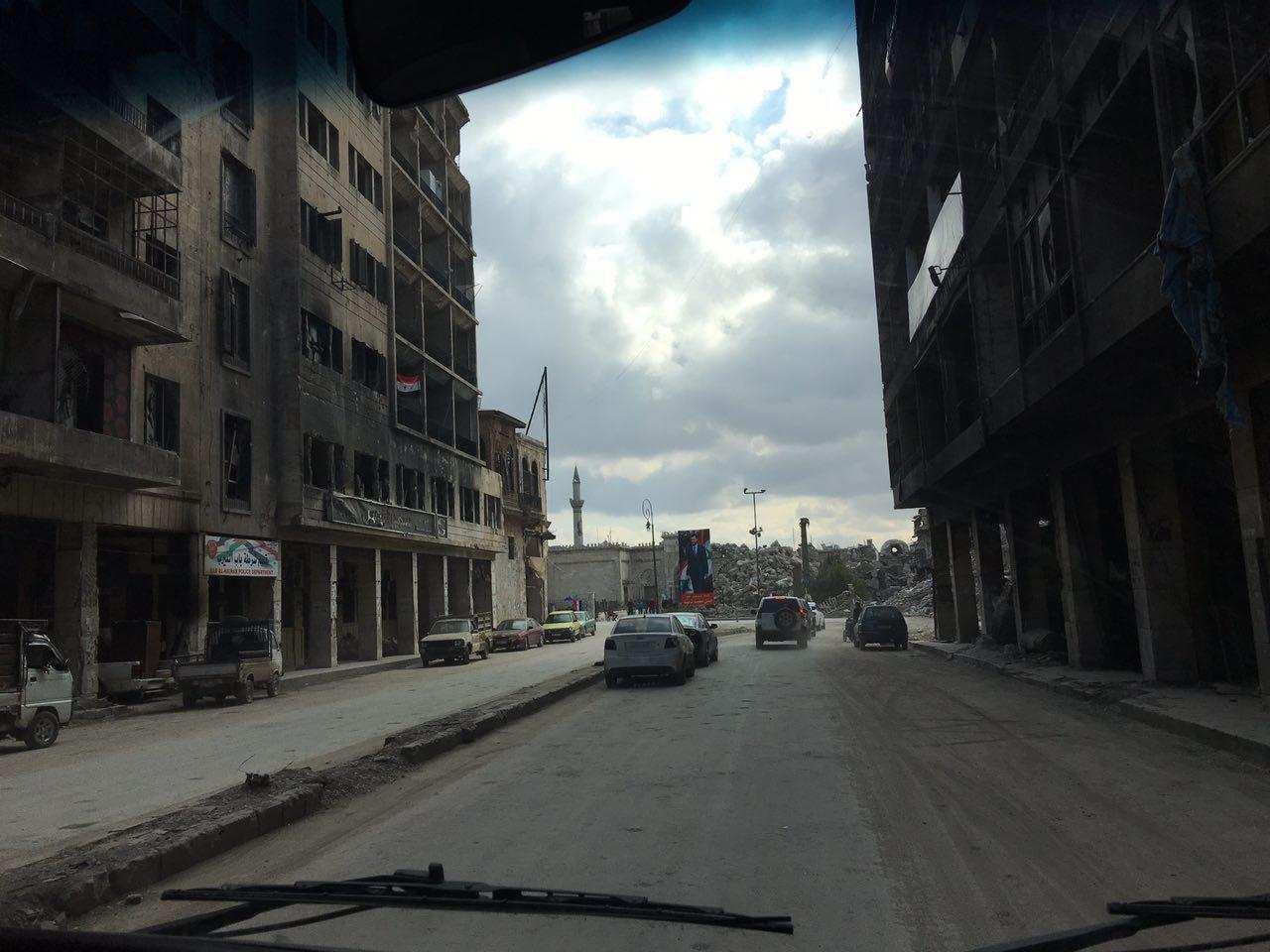 Алеппо: чеченцы привезли помощь семьям погибших сирийских военных (ВИДЕО) | Русская весна