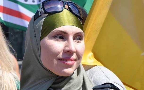 «Амина взяла на себя 6 пуль из АК», — появился снимок авто, в котором ехала расстрелянная снайперша (ФОТО) | Русская весна