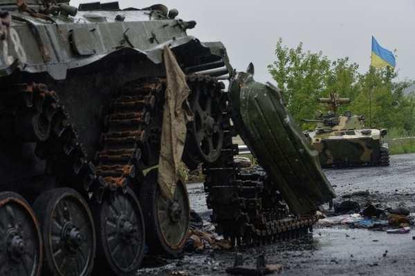 Захарченко: Армия ДНР уничтожила 4 артбатареи ВСУ, 2 танка и 4 САУ | Русская весна