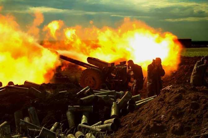 СРОЧНО: Мощнейший бой под Дебальцево, позиции ВСУ ровняют с землей | Русская весна