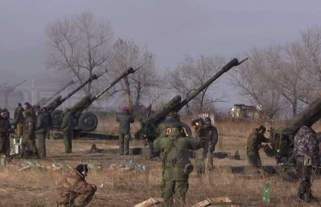 ВСУ за сутки выпустили по ДНР 550 снарядов и мин, у фронта замечена украинская артиллерия | Русская весна