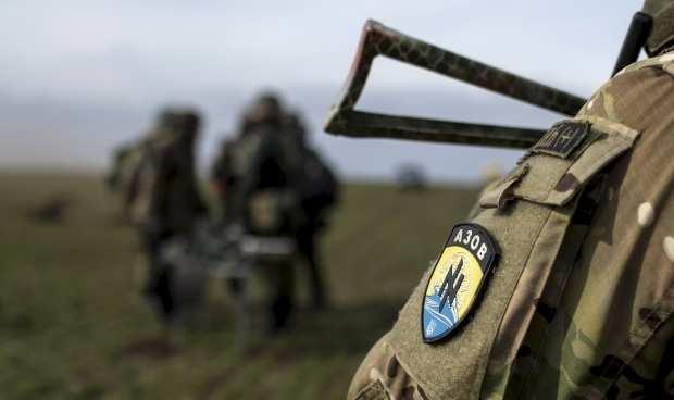 Нападения боевиков «Азова» на инкассаторов курировало командование полка, — источник (ФОТО) | Русская весна