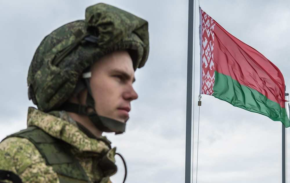 Белоруссия готова отправить миротворцев наДонбасс | Русская весна